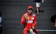 Chybělo málo a Vettelovo kolo by skončilo smykem