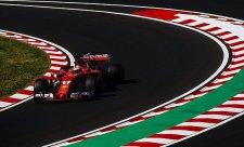 Ricciarda zastavila porucha, nejrychlejší Vettel