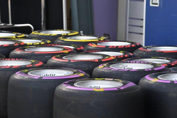 Kdo si nejlépe poradí s pneumatikami v Baku?