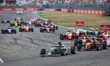 Před očima bossů F1 vyhráli Vesti a Zandeli