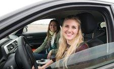Rallyový šampion pomůže mladým řidičům