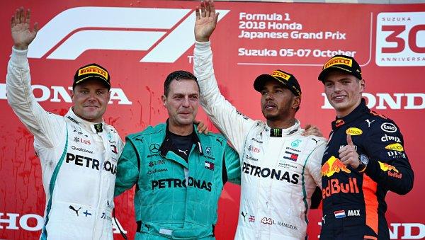 Hamiltona poklidné sólo přiblížilo titulu šampiona
