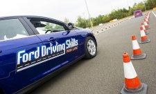 Kurzy pro mladé řidiče už i v České republice