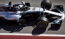 Bočnice Mercedesu přinesly čtvrt sekundy