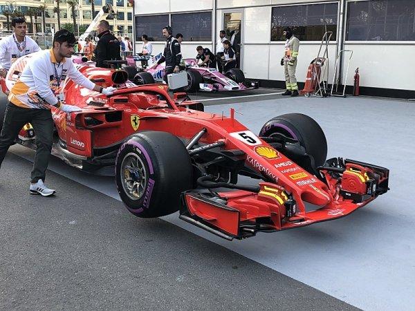 Jaké pneumatiky jezdci použijí v závodě?