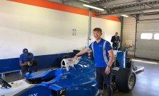 Monger pojede ve voze F1