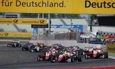 Schumacher se dostává do ráže