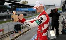 Schumacher do pětice všeho dobrého