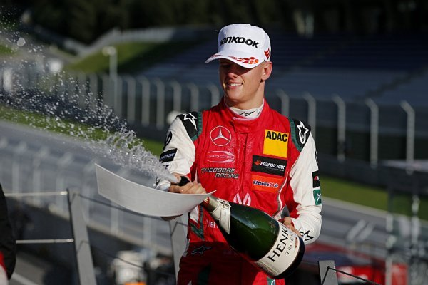 Ticktumovi se nezdá Schumacherova převaha