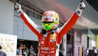 Nový junior Ferrari ve F2