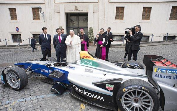 Formule E ve Vatikánu