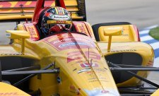 Hunter-Reay ve formě, King a Kanaan bourali