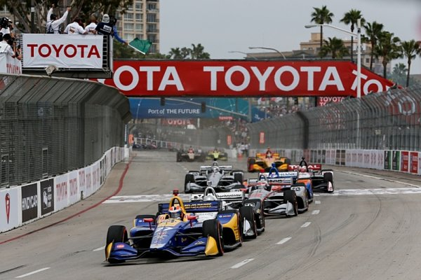 Fotogalerie z IndyCar v Long Beach