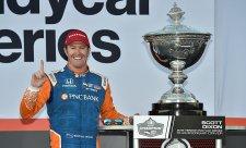 Hunter-Reay vítězí, Dixon má pátý titul