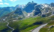 Alpské průsmyky se postupně uzavírají