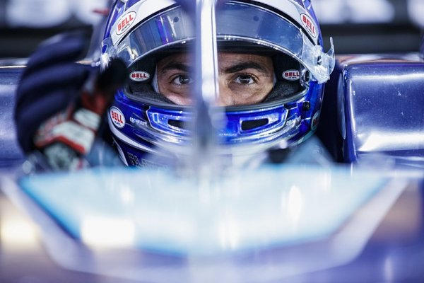 Latifi přebral Rosbergovo číslo