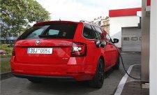 Češi se naučili nakupovat ojetá auta on-line
