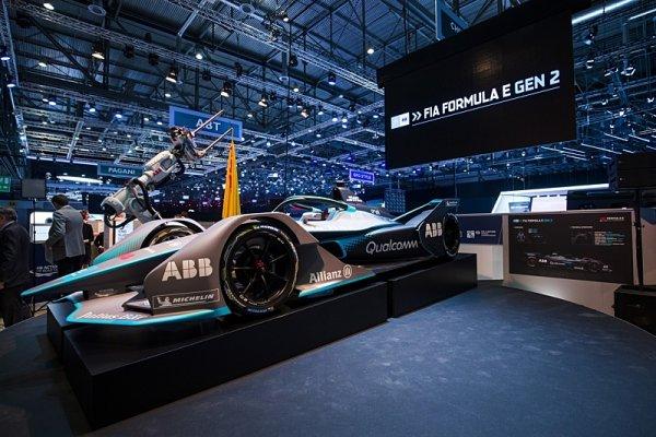 Video: Nová Formule E v akci