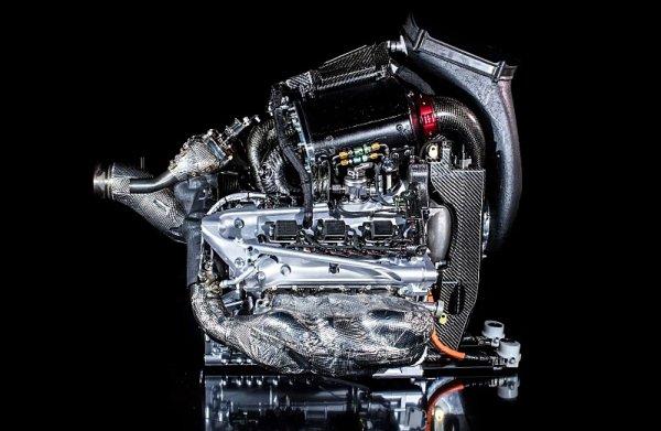 Honda má být 10 kilowattů za Mercedesem