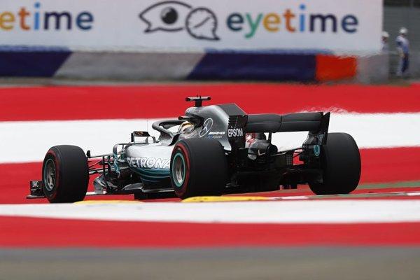 Proč šéfstratég Mercedesu přiznal chybu