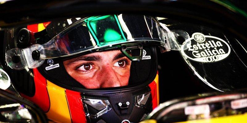 Sainz se pro příští roky upsal McLarenu