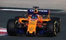 Alonso jede s velmi starou podlahou
