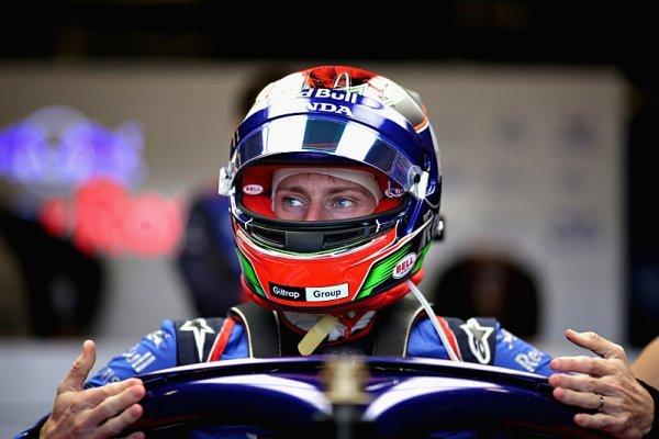 V Toro Rosso to vře