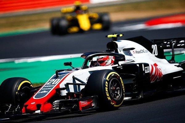 Renault měl být mnohem lepší, provokuje Haas