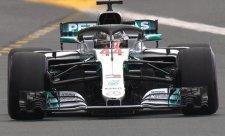 Hamilton suverénně zvítězil, Bottas svůj mercedes rozbil