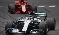 """Hamilton volá po """"odlišném formátu"""" v Monaku"""