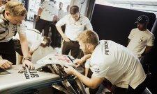 Hamilton za vypadnutí z kvalifikace nemůže