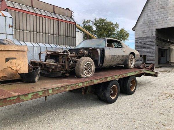 Našel se Pontiac, ve kterém jezdil Steve McQueen
