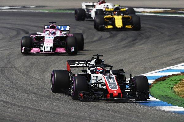 Renault varuje před rozmachem satelitních týmů