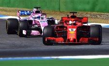 Bez Hamiltona neměl Vettel soupeře