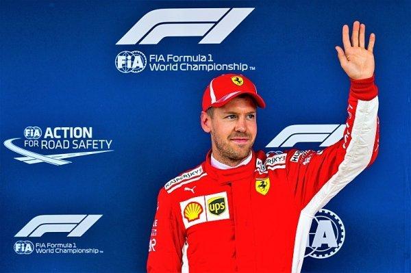 Letošním kvalifikacím vládne rychlý a spolehlivý Vettel
