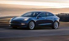 Tesla se soudí s bývalým zaměstnancem