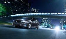 Toyota Prius jezdí většinu času na elektřinu