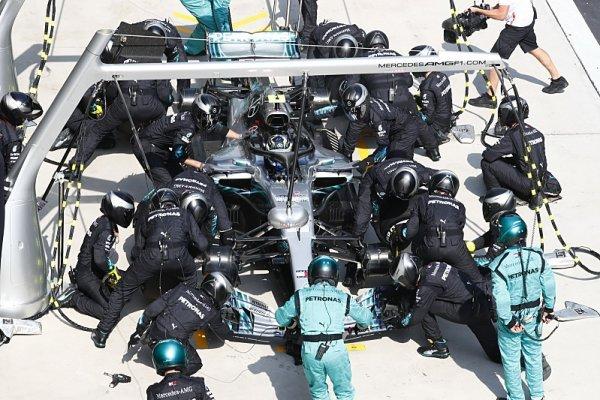 Mercedes při Bottasově zastávce zlomil vlastní rekord