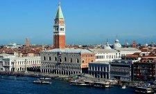 V Benátkách se začne vybírat až od září