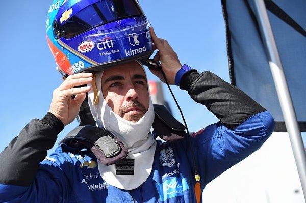 Alonso si první test pochvaloval