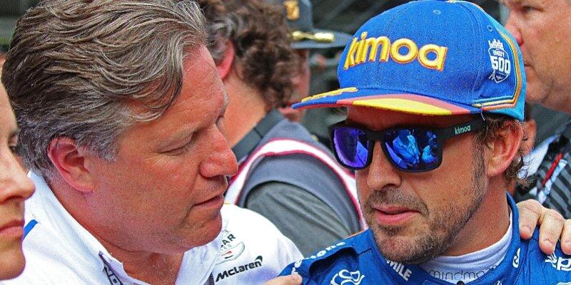 McLaren se Alonsovi omluvil za kvalifikační debakl