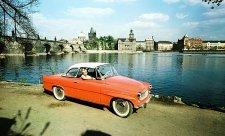 Symbol šedesátek Škoda Felicia slaví šedesátiny