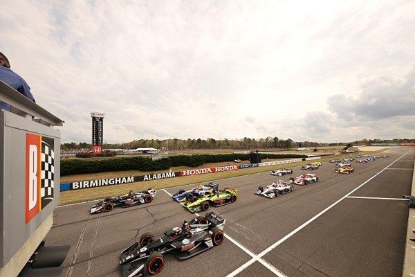 Sezona IndyCar začne o týden později