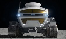 Toyota se chystá na Měsíc