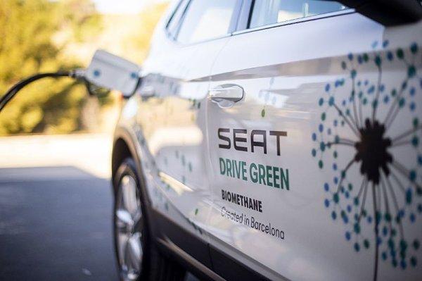 Seat začíná jezdit na biometan
