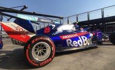 Pirelli spouští testy osmnáctipalcových gum