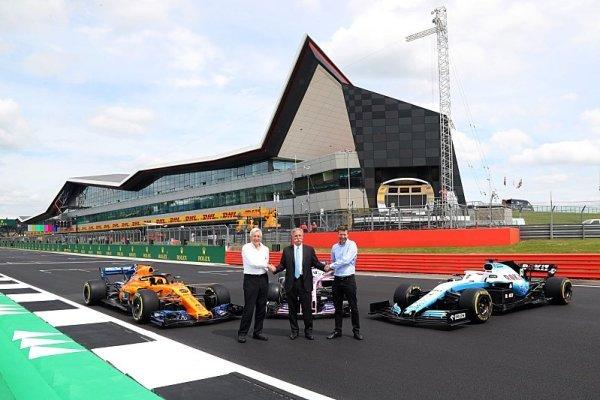 V Silverstone bude F1 doma nejméně do roku 2024