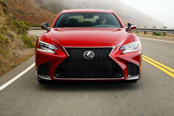 Lexus s autonomním řízením se možná rozjede už napřesrok