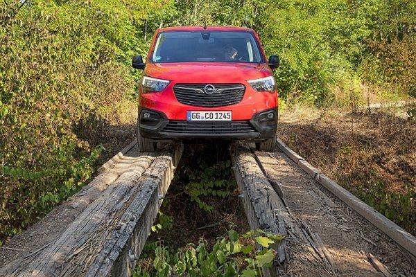 Opel Combo je k mání za 295 900 korun