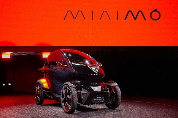 Seat Minimó obouvá Bridgestone